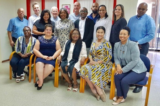 Minister Marilyn Alcalá-Wallé huntu ku Inspektornan di Kòrsou, Aruba, St.Maarten i Hulanda (BES)