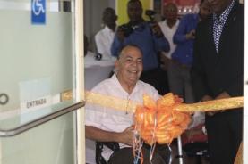 John Russel kortando sinta huntu ku Minister Konket
